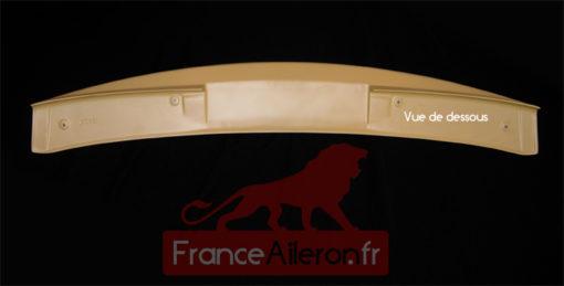 Becquet pour Peugeot 308 (prêt à peindre - Vue de dessous)