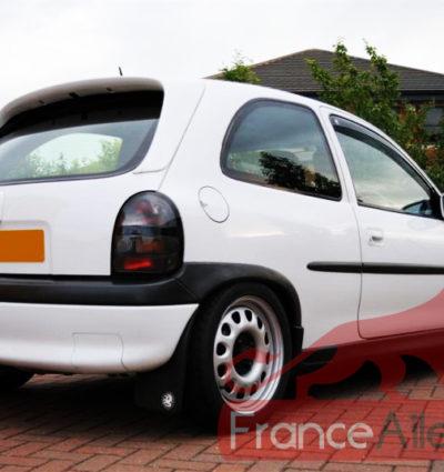 Becquet / Aileron pour Opel Corsa B 3 portes