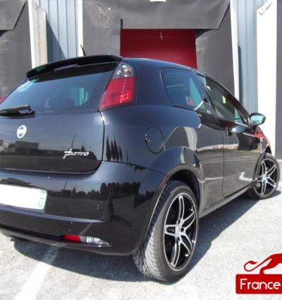 Aileron Origine pour Fiat Punto 3 MY